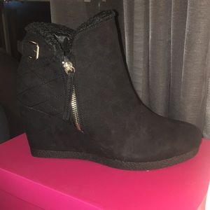 Shoe Dazzle Lizdee Black Booties New